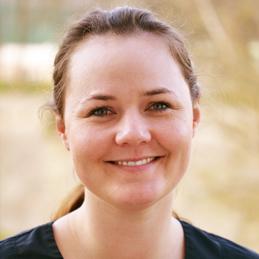 Laura Bohmann, Zahnärztin